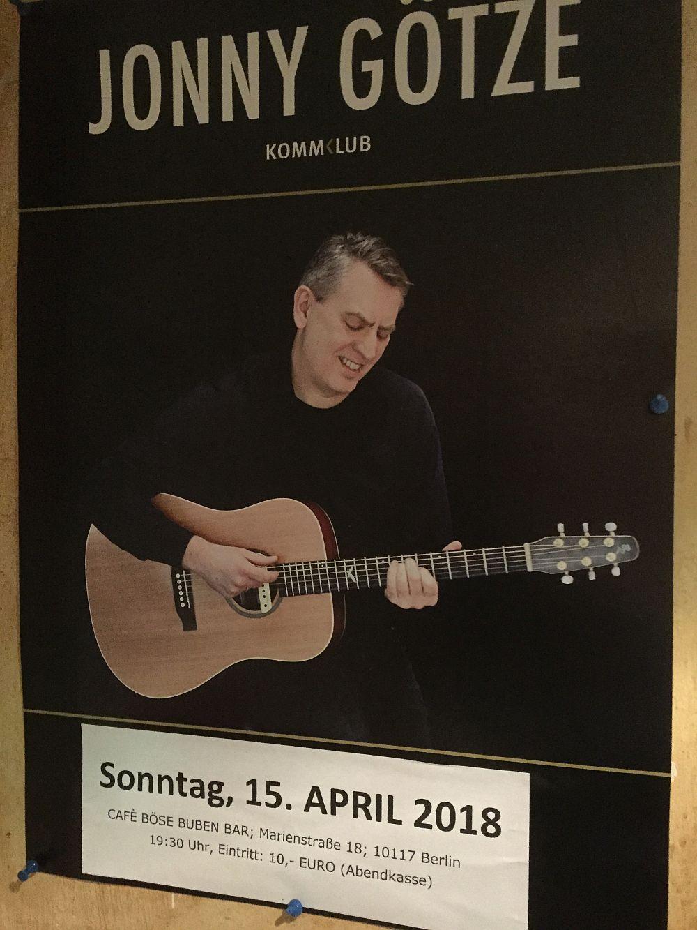 Jonny Götze live in der Böse Buben Bar Berlin