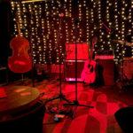Livemusik-Bühne in der Bar Bobu Berlin