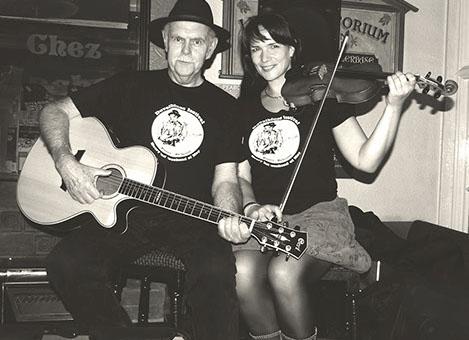 Dave Peabody (UK) & Regina Mudrich (DE) live