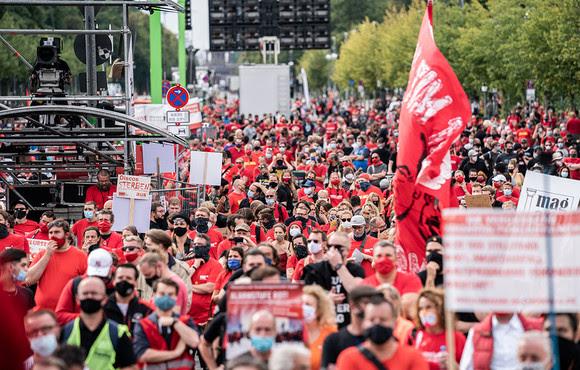 Alarmstufe Rot - Zweite Großdemo der Veranstlatungswirtschaft in Berlin